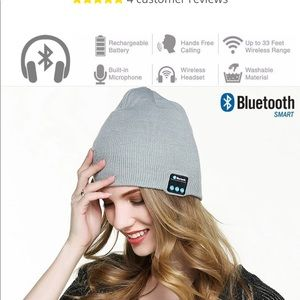 Accessories - Black and Grey Bluetooth hat 🧢